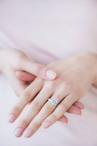 5 times you really should take off your engagement ring. And remember: Never, ever, ever wear your expensive jewelry in the ocean or in the pool!