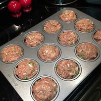 Turkey-Beef Mini Meatloaf 16 oz. Extra Lean Ground beef 20 oz. Ground turkey breast 3/4 cup chopped onion 3 egg whites or 9 tbl. liquid egg whites 1 tbl. Mrs. Dash Salt-free Steak Seasoning 2 tsp. Worcestershire sauce 1/2 c. ketchup or tomato sauce 1 cup ...