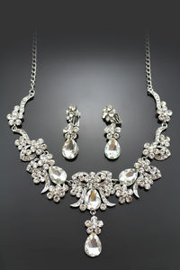 Classical Alloy with Rhinestone Wedding Jewelry Set Including Necklace and Earrings