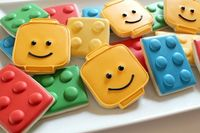 Super easy LEGO cookies tutorial - {We like easy!}