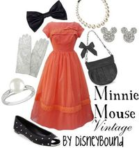 Minnie Mouse Vintage outfit!