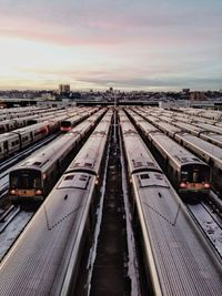 Trains in NYC / photo by Global Yodel