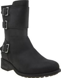 UGG australia Black Wilcox Womens Boots Take on A/W in style as UGG provide some serious new season styling with the Wilcox landing at schuh. Arriving in black, the water-resistant leather upper features silver buckle details for an alterna http://www.com...