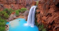 Grand Canyon secluded waterfall...bet the swimming is great!