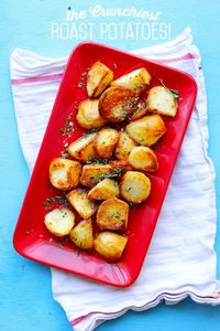 OK, so I know that this is basically the only time of the year that roast potatoes are a hard sell. I get it; Thanksgiving is a time for Mashed Potatoes. And tr