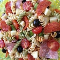 Awesome Pepperoni Pasta Salad