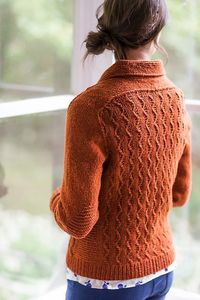 Ravelry: Little Wave pattern by Gudrun Johnston