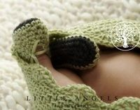 Free Crochet Pattern - Herringbone Mary Jane Baby Booties