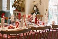 Super Easy Cute Candy Cane Tablescape Theme - perfect table for the kids