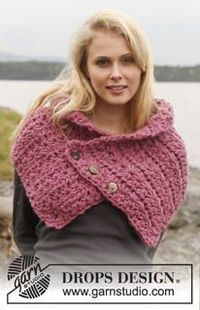 Create this Perfectly Pink Crochet Neck Warmer to keep yourself nice and toasty when the cooler weather hits. The free crochet neck warmer pattern is perfect fo