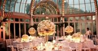 Could there be a more breathtaking venue than the The Palm House at the Brooklyn Botanic Garden? The glass-dome conservatory is the perfect setting for a romant
