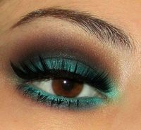 World inside pictures now present you the most beautiful make up.