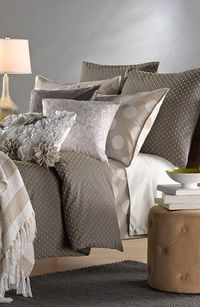 love the combo of this bedding collection