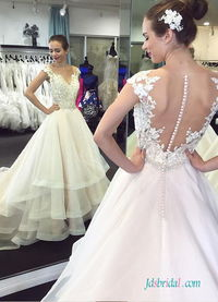 H0539 Unique tiered organza ball gown wedding dress Model: H0539(Worldwide Free shipping)
