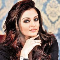Aishwarya Rai Gets 'Slammed'! A Page From Her Slam Book Revealed All This...  Recently a fan club of the Ae Dil Hai Mushkil actress posted an old page from a slam book on Twitter and as expected, it went viral. As per the page, she gets bore...