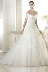 Ball Gown Sweetheart Applique Wedding Dresses