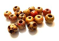 Pack of 50 Assorted Patterned Brown Beads. 9mm x 10mm. Hole Size is 3mm Diameter. Ideal for Kid's Craft, Macrame, Jewellery Making & Crafts £3.09
