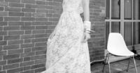 Wish it were in color yet I like the maxi and the sleeves.