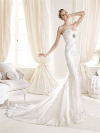 Romantic mermaid strapless sweep train lace wedding dresses