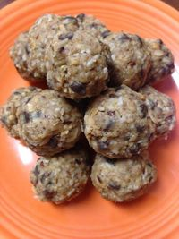 Several months ago, I repostned a recipe for Booby Bites from the blog I Can Teach My Child. It's a no-bake recipe that will boost your milk supply and your ener