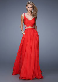 Crisscrosses Beaded Straps Two Piece Red Side Pockets Prom Dress