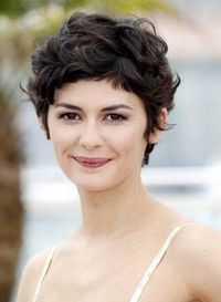 Pixie Cut for 2014: Cute Layered Short Pixie Cut for Thick Hair