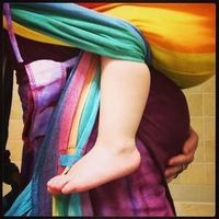 Pregnant babywearing advice and great pregnant wrapping photos!