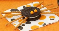 Great easy snack for a classroom Halloween party.