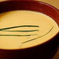 My fav beer cheese soup recipe. I add 1/2 a cup chopped carrots, and 2% milk instead of half and half. You can always add more cornstarch if you like it thicker :) I know I do! Check out my Foodz board! ~Kayla Fondren