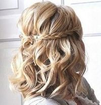 #Wedding hair braid with short curls... Budget wedding ideas for brides, grooms, parents & planners ... https://itunes.apple.com/us/app/the-gold-wedding-planner/id498112599?ls=1=8 �€� plus how to organise an entire wedding �™� The Gold Wed...