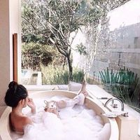 A cuppa in the tub is good too.
