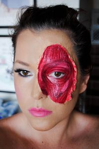 Ripped skin/exposed muscle makeup tutorial. Great for Halloween zombie makeup! :]