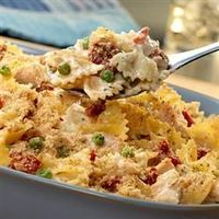 Farfalle and Tuna Casserole: Simple, fast one pot meal, even if, like me, one makes their own Alfredo sauce! Making this tonite! :)