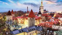 https://www.baltic-legal.com/latvia-facts-eng.htm Area: 64,589 sq.km or 24,937 sq.miles. Regions: Kurzeme, Zemgale, Vidzeme, Latgale. Total national border length: 1,862 km. Length of Latvia's Baltic coastline: 494 km. Population: 2,272,300 Bo...