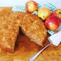 Now THIS is an apple cake worthy of a pin! If you want to make it extra delicious and extra bad for you, add a thin layer of cream cheese frosting.