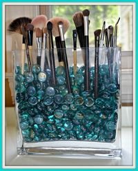 Resolve to get organized this year? Here are 25 stylish DIY storage ideas for make-up, clothes, scarves, even hats.