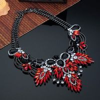 Fashion Charm Jewelry Colorful Acryl White Crystal Choker Statement Bib Necklace