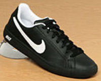 Nike Main Draw Black/White Leather Trainer Nike Main Draw Black/White Leather TrainerColourway; Black White BlackBlack leather uppers with trademark Nike tick logo in white to the side and black heel trim with NIKE and swoosh logos in wh http://www.compar...