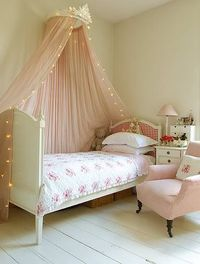 Very pretty!!! My daughter may like something like this... hmm
