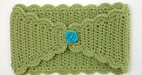 This stylish headband will keep your ears toasty warm throughout the blustery cold months of winter. Crocheted in half double crochet, it comes together quickly