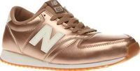 New Balance Rose Gold 420 Womens Trainers Go for gold with your sneaker choice this season as the New Balance 420 lands at schuh. This retro runner arrives in a rose gold man-made upper oozing serious streetstyle cred. A cushioned EVA midsole http://www.c...