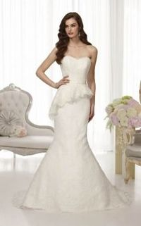 Unique Trumpet Lace Sweetheart Strapless Scalloped Peplum Wedding Dress. $ 677.00 off $279.00