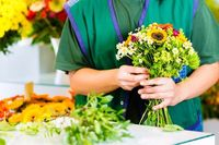 How to Start a Flower Business and Earn Good Profits without Investing much Seed Capital!