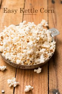 Easy kettle corn in 10 minutes at home, This is seriously one of our new favorite popcorns. It's so nice to eat because it's not all heavy and gooey.