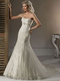 Timeless and vintage... I HAVE to find a store that has this Maggie Sottero DOREEN Dress and try it on!