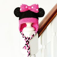 """Get in touch with your inner cutie pie with this adorable """"Minnie Mouse Inspired Baby Hat""""! Free crochet pattern available!"""