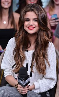 We've seen Selena Gomez's gorgeous chocolate locks styled in virtually every trend-setting hairdo. Whether she's sporting a sleek, straight style or hitting the movie set with bouncy barrel waves, this teen queen's tresses are alwa...