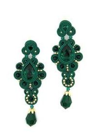 Drop earrings with Swarovski stones in emerald Colour
