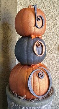 Front porch decorations - easy peasy - foam pumpkins and wooden letters coated with Krylon Glitter Spray Paint