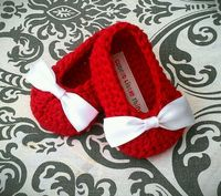 Red Crochet Baby Booties , White Bow Crochet Booties, Baby Girl Booties, for Christmas